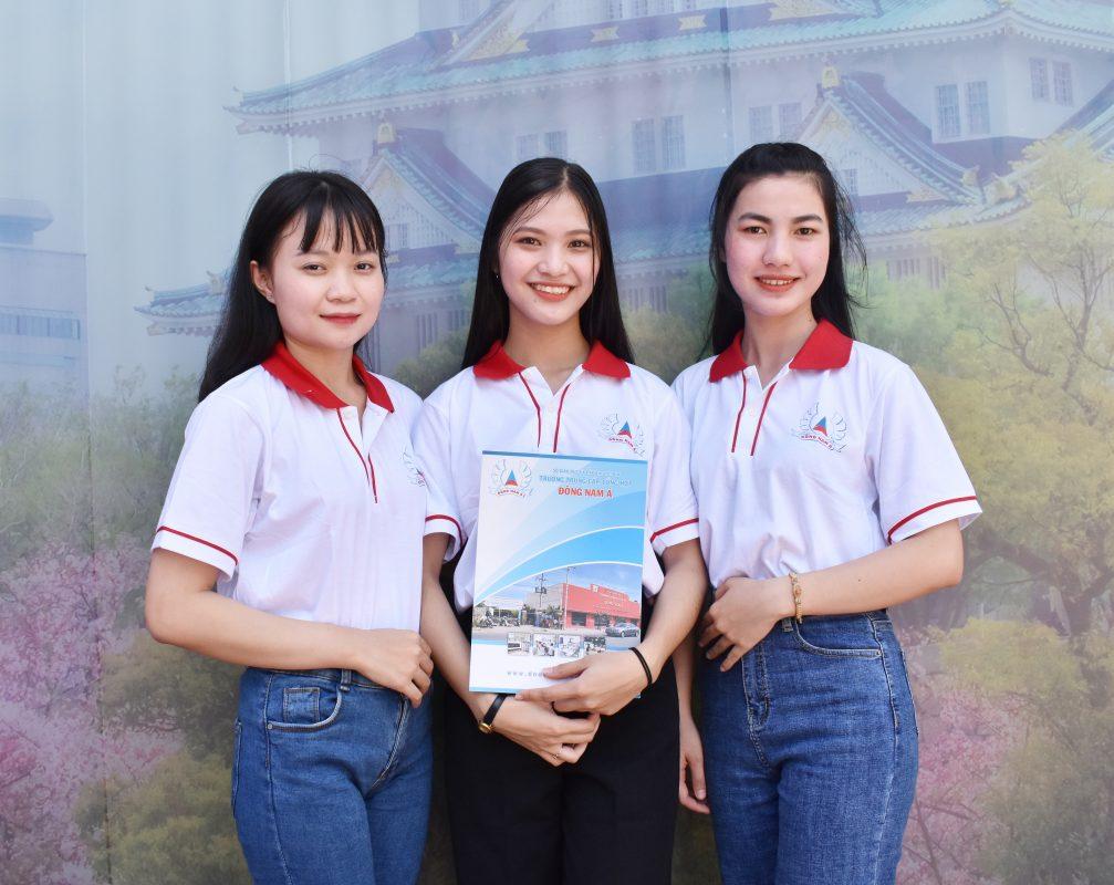 Sinh viên Dong Nam A